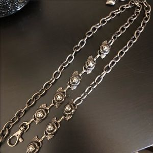 Betsey Johnson rose metal chain belt